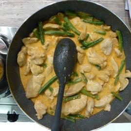 Foto van pan met curry