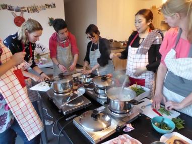 Foto van Thaise kookles met 6 mensen