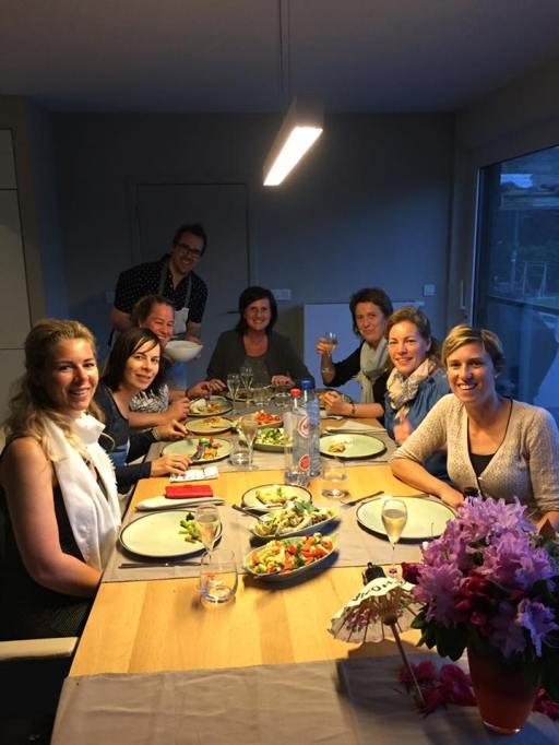 Foto van feesttafel