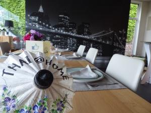 Foto van Thai@home parasol