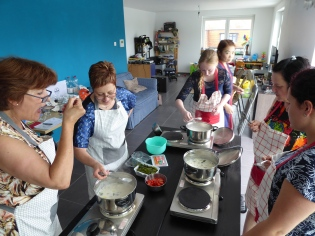Foto van Thaise soep proeven