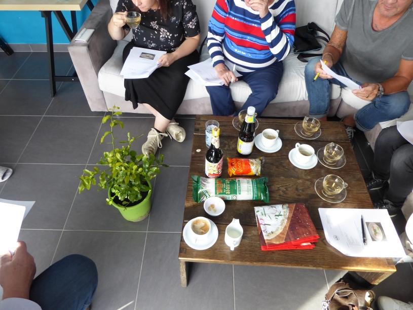 Foto van de kaffirlimoenboom in een living