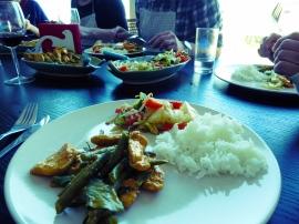 Foto van borden met Thais eten