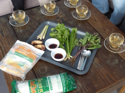 Foto van Thaise thee met Thaise kruiden en ingrediënten