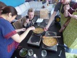 Foto van pot met Thaise curry