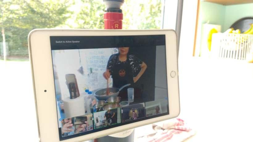 Tablet met online kookworkshop